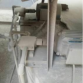 助磨剂计量泵操作车间
